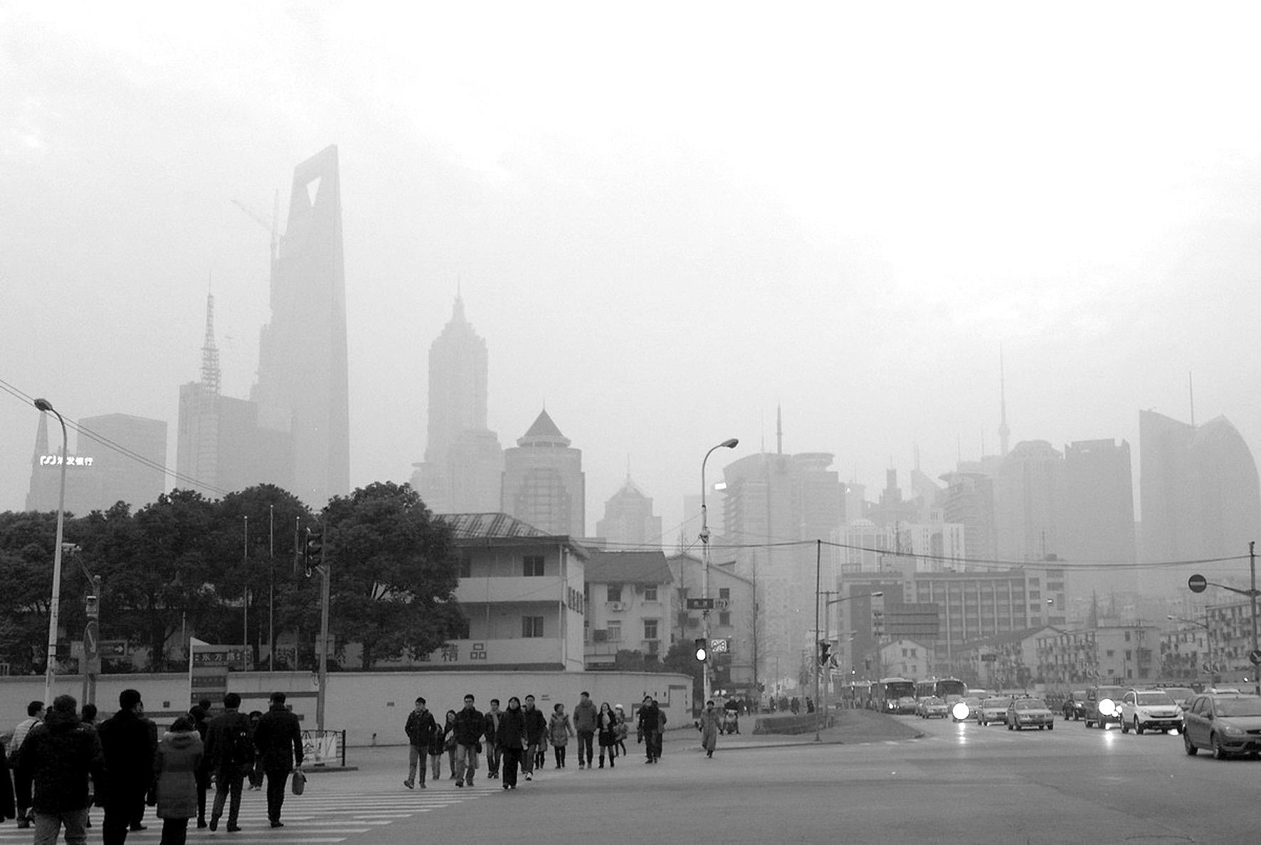 2019年我省大气质量持续改善,PM10、PM2.5浓度降幅超额完成了年度目标任务